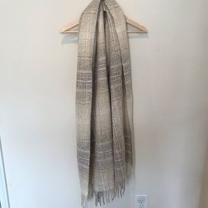 Abercrombie & Fitch Cream and Gray Oversized Scarf